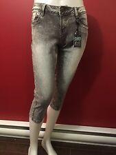 SUKO JEANS Women's Grey Acid Wash Capri Jeans - Size 4 - NWT