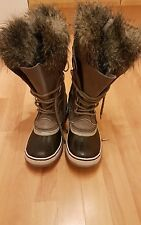 BNWT Sorel waterproof boots for women in uk size 7 (eu 40)