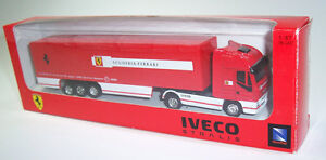 Iveco Stralis Scuderia Ferrari Truck 1:87 Koffersattelzug in OVP