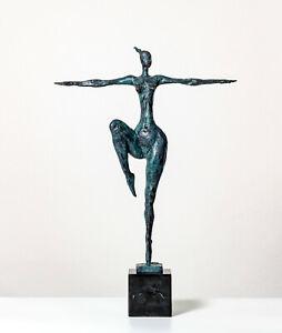 JT6 Bronze Figur Skulptur Frau Nackte Athletin Marmor Sockel Akt Woman Nude