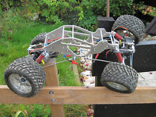 4 X 4  RC de fabrication artisanale