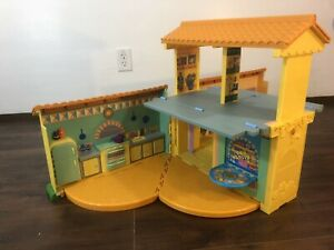 Dora The Explorer's Talking House, Fold Up Dollhouse Sounds! Nickelodeon, Boots!