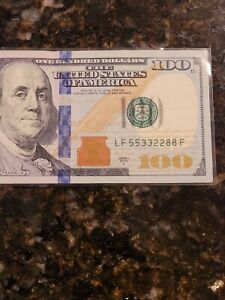 100 dollar bill us paper money with collectable serial number
