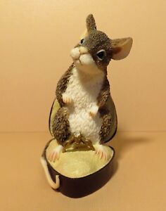After the Party Mice Munro Figurine -- Marry Me -- MM/19280