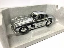Mercedes-Benz 300 SL Coupé, chrom, Minichamps, 1:18 limitiert B66040645