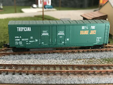 New ListingN Scale Micro-Trains 50' Tropicana Box car #13081 Mt Knuckle Couplers