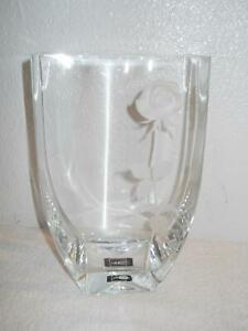 "MIKASA ENDLESS LOVE 10"" CRYSTAL VASE WITH 3D FROSTED ROSE EXCELLENT"