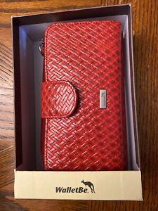 WalletBe Women's Leather Double Accordion RFID  Zipper Wallet w/Wristlet