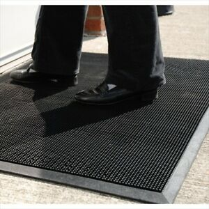 Durable Corporation 396S2432 24 in. Wx 32 in. L Fingertip Entrance Mat