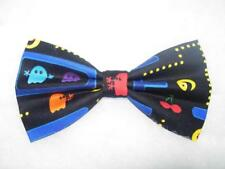Pac Man Bow tie / Pre-tied Bow tie / Arcade Video Game / Pac Man Video Game