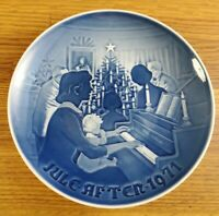 1971 Bing & Grondahl B&G Christmas at home  Christmas plate 7 inch #d 8000/9071