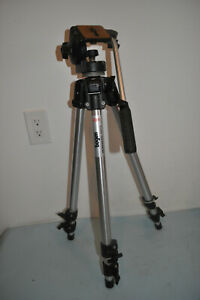 Bogen Manfrotto 3011 Professional Tripod with 3126 Fluid Head