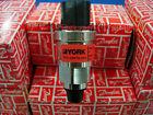 York 025-28678-006 Pressure Transducer