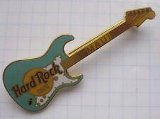 HARD ROCK CAFE / MAUI AQUA STRATOCATER GUITAR.... Pin (Ka4)