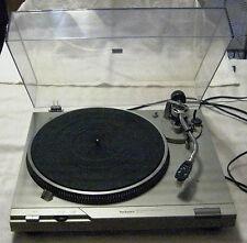 Technics SL D1 Direct Drive Turntable ready to play that wonderful vinyl!