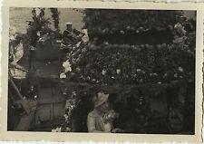 PHOTO ANCIENNE - VINTAGE SNAPSHOT - BATEAU MARIN CORSO FLEURS - BOAT FLOWERS