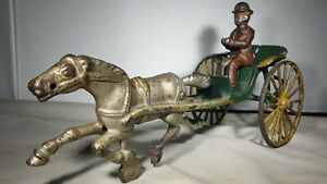 Scarce Early 1900s Large Hubley Horse Drawn Road Or Doctor's Gig w/ Driver - 11""