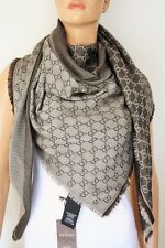 GUCCI Strickschal mit GG Jacquard-Muster 140x140 cm Wolle/Seide braun NEU 281942