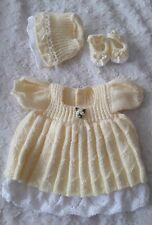 HAND Knitted Outfit per adattarsi 16 - 17 in (ca. 43.18 cm) reborn doll o PREM Baby