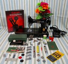 EXCELLENT SINGER FEATHERWEIGHT 221 PORTABLE SEWING MACHINE **QUILTING DREAM**