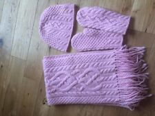 Quality Brooks brothers 50% cashmere and 50% wool pink set (hat + scarf +gloves)