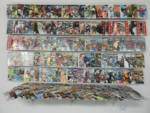 Huge Lot 200+ Comics W/ Final Crisis, Flash, Superman+ Avg VF- Condition!!