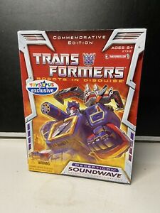 Generation One Hasbro G1 Transformers Commemorative Series Soundwave TRU EX 2006