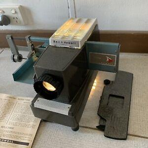 Vintage Bell & Howell 717 Family 35mm Slide Projector