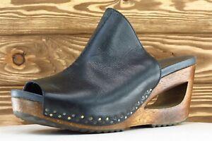 Dansko Size 40 M Black Open Toe Wedge Leather Wmn