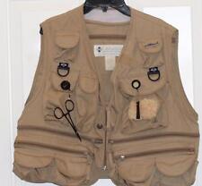 Fly Fishing Vest Columbia Sportswear Mens M Camo Tan PFG Lots Pockets Zippers