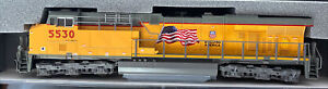 KATO N SCALE GE ES44AC DIESEL UNION PACIFIC UP #5530 DCC READY Flag