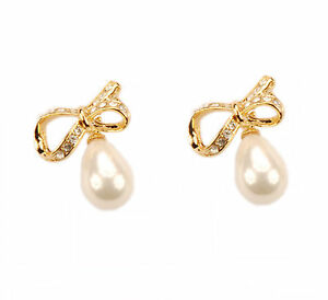 Con Mi Go London E110090 sparkling bow earrings with tear drop pearls