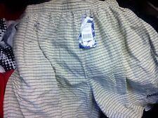 Reebok Pantalones Cortos comprobado en pequeños o grandes o X/L a £ 7 con interior de color beige
