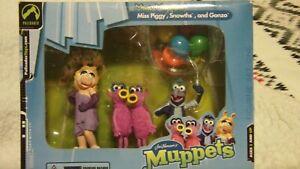 Jim Henson's Muppets Mini Muppets Miss Piggy Snowths Gonzo 2003 NIB Palisades