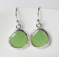 Ohrhänger Ohrringe Retro Acryl Harz Tropfen oval rund hellgrün lind grün silber