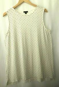 J. Jill Wearever Collection size M white tunic top tee shirt geometric print