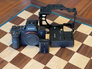 Sony Alpha a7R III 42 MP Digital SLR Camera (Body Only) + SmallRig cage
