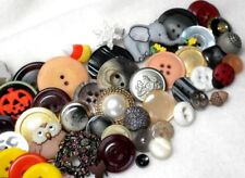 100 Assorted Buttons New & Used, Bakelite, Glass, Shell, Metal, Lucite Lot B 13