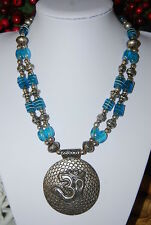 LARGE BOLD ORIENTAL OLD STYLE CRYSTAL & SILVER TONE METAL LARGE PENDANT NECKLACE