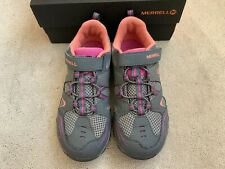 Merrell Girls Trail Chaser Trainers / Hiking Shoes in Pink and Grey. Size UK 1
