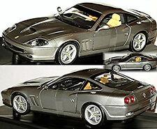 Ferrari 550 Maranello 1996-2001 gris gris metálico 1:18 HotWheels