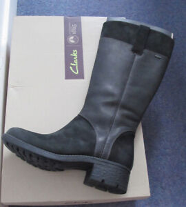 Clarks knee high black leather boots 7.5 Gore-tex 41.5