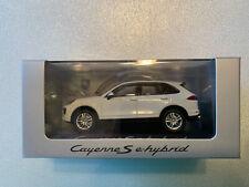 Porsche Cayenne S E-Hybrid 2019 White Minichamps 1:43 Wap0203140K Model *Sealed