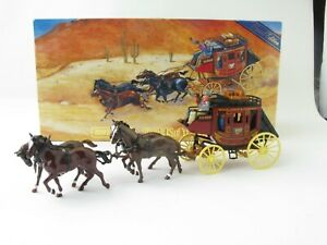 Matchbox Models Of Yesteryear YSH3 1875 Wells Fargo Stagecoach Boxed