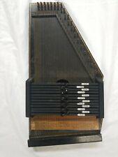 1961-63 Oscar Schmidt # 73 Old Black AutoHarp 12 Chord 36 String.