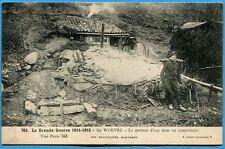 CPA: En WOEVRE - Le porteur d'eau dans un campement / Guerre 14-18 / 1915