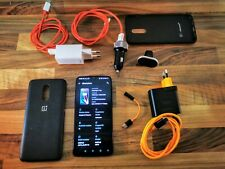 ONEPLUS 6t McLaren 256gb with many accessories (SIM Free/senza SIM-lock)