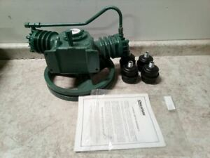 Champion BVAS 1 HP 505 RPM 16 Oz Oil Cap Splash Lubricated Air Compressor Pump