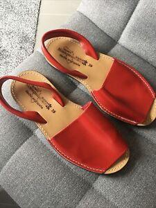 Ladies Red Leather Spanish Sandals. Size 39 (6). Unworn.