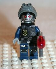 Lego ROBO SWAT GOGGLES MINIFIGURE from The LEGO Movie Super Cycle Chase (70808)